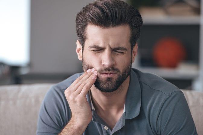 علاج الم الاسنان المفاجئ