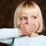 كيفية التعامل مع الطفل الكذاب
