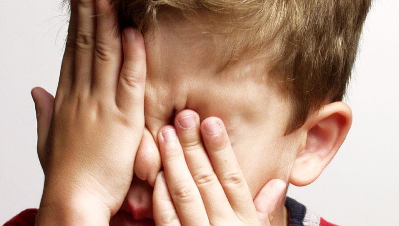 امراض العيون الشائعة عند الاطفال و تشخيصها