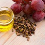 فوائد زيت العنب