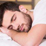 وصفات طبيعية تساعد على النوم