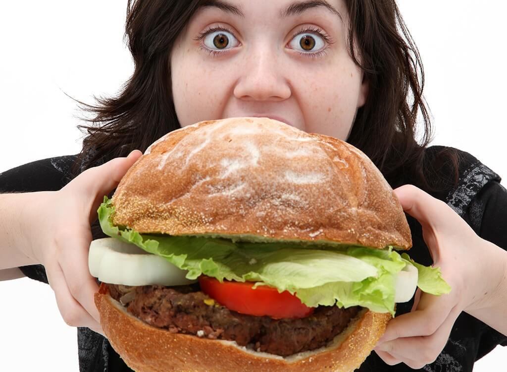 العادات الغذائية الخاطئة وأضرارها