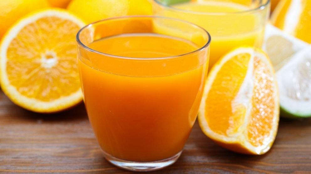 القيمة الغذاية الموجودة في عصير البرتقال