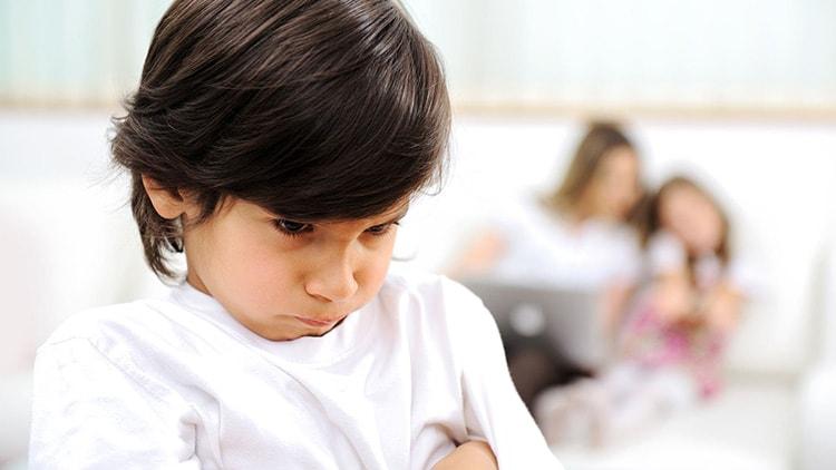 غيرة الاطفال و علاجها