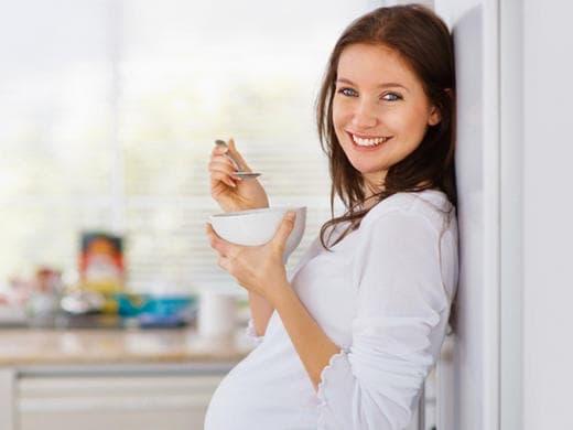 غذاء الحامل المناسب للجنين