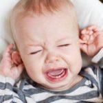 الم الاذن عند الاطفال وعلاجه