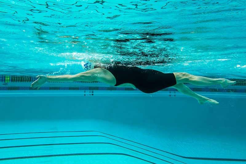 سباحة الظهر