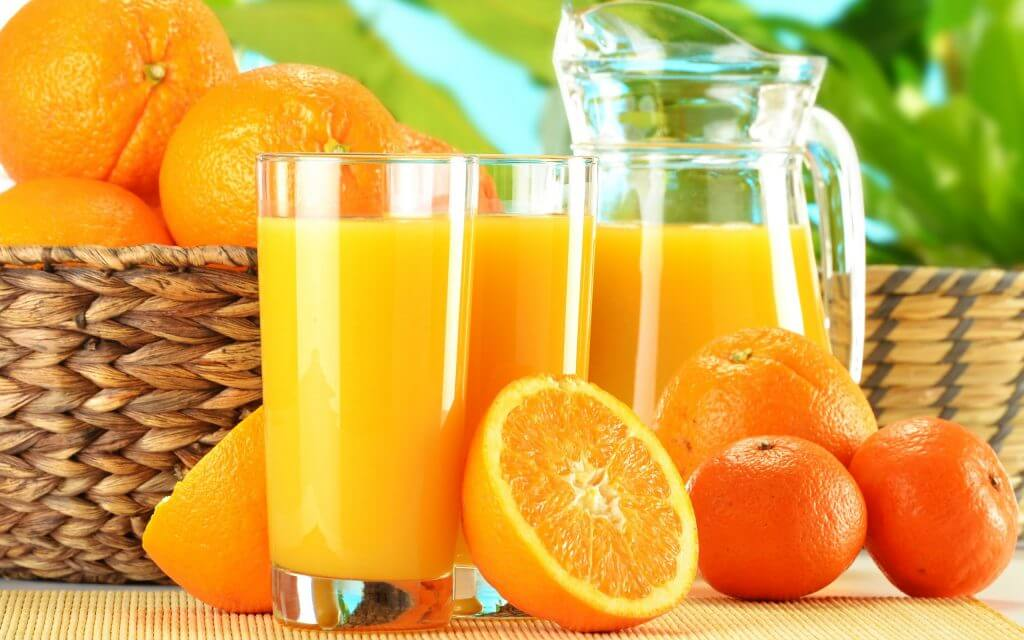 عصير البرتقال على الريق