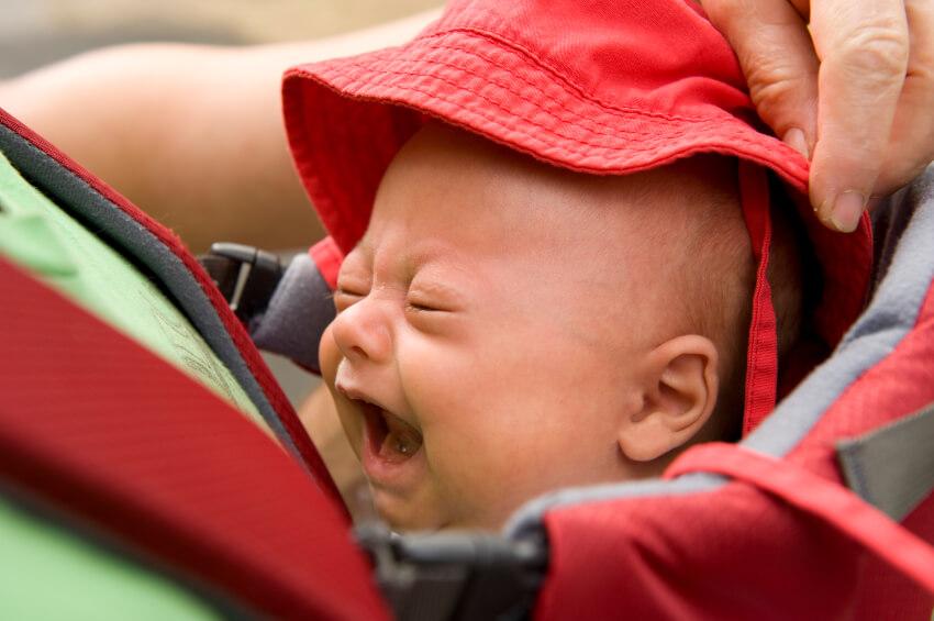 بكاء الرضيع الشديد
