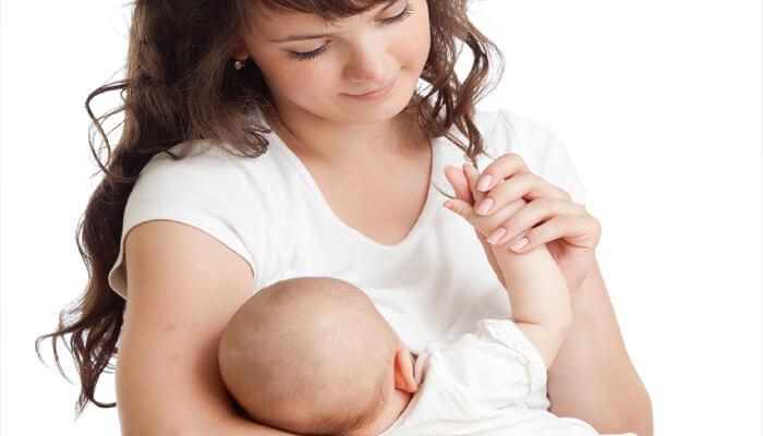 كم مدة الرضاعه الطبيعية للطفل