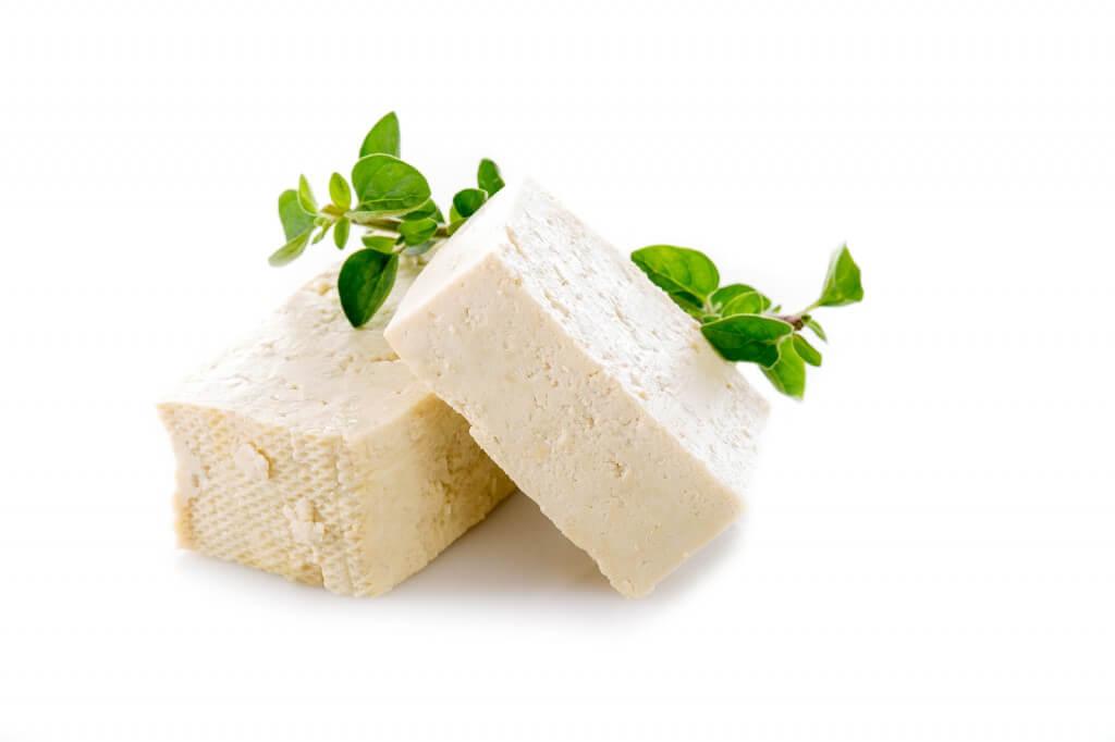 فوائد الجبنة البيضاء